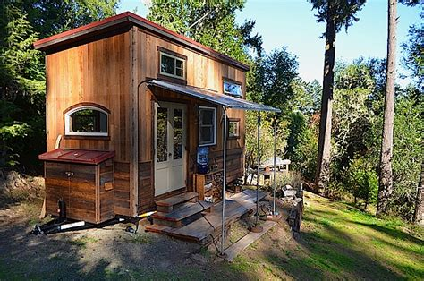 little homes on wheels colin s coastal cabin one of a kind tiny home on wheels