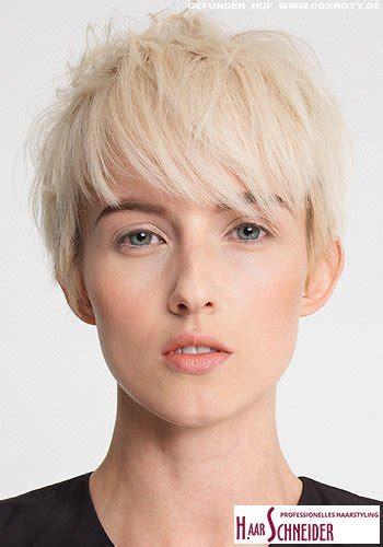 frisuren bilder fransig gestufter pixie  hellem blond