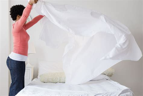 how to make a bed the most common types of bed sheet and bedding fabrics