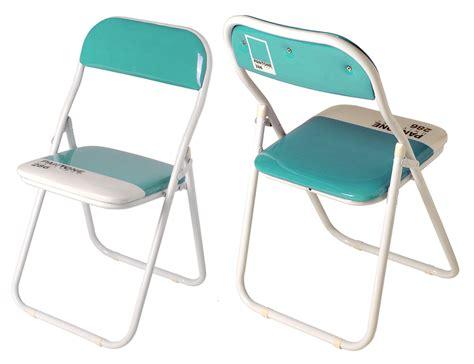 pantone sedie sedie pieghevoli design il bestseller pantone chair di