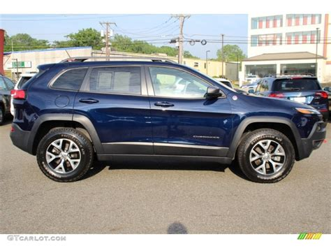 jeep trailhawk blue true blue pearl 2014 jeep cherokee trailhawk 4x4 exterior