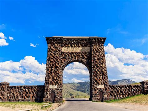 Spring Tips by Explore Yellowstone National Park Travelchannel Com