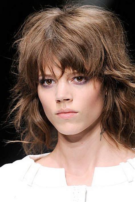 shaggy hair styles with bangs with medium hair over 40 streaked medium shag dark brown hairs