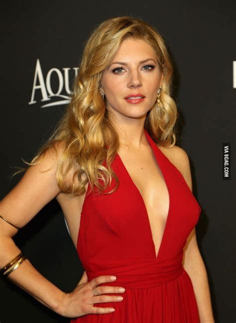 katheryn winnick series 35 hot pictures of katheryn winnick lagertha in vikings