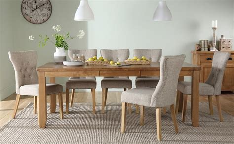 Highbury Oak Extending Dining Table With 8 Bewley Oatmeal Oak Extending Dining Table And 8 Chairs