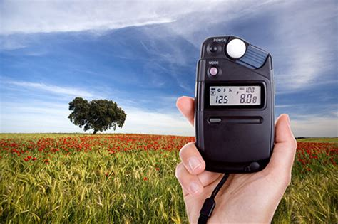 light meter for photography which is best spot center weight or matrix metering
