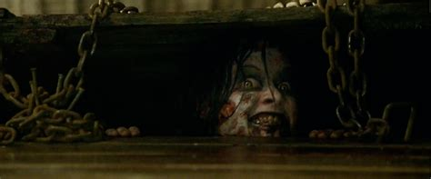 film evil dead 2013 trailer 12 horrifying shots you missed in the red band evil dead