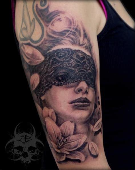 arm blumen frauen tattoo von jeremiah barba