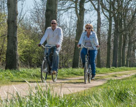 boat rental service amsterdamse bos resort poort van amsterdam holiday park in uitdam