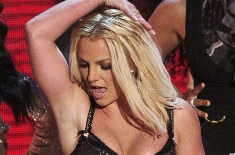 celeb armpit 2014 shaving your armpits how to tell if you 39 re doing it wrong