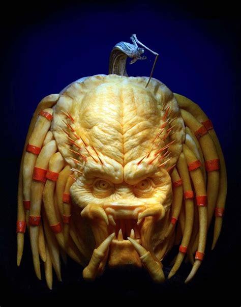 this predator pumpkin is terrifying giant freakin robotgiant freakin robot