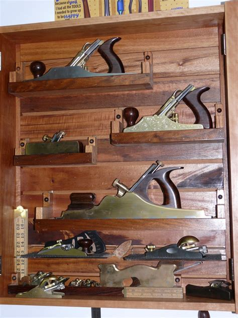 woodnet forums   wall hanging tool chest   tool
