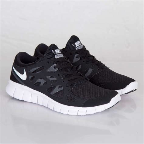 sepatu running nike free run 2 black white original elevenia