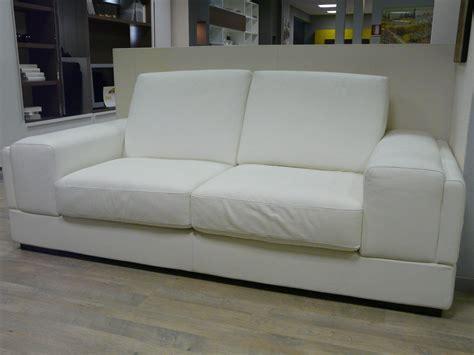 divani doimo pelle divano doimo cityline divano doimo divano pelle divani a