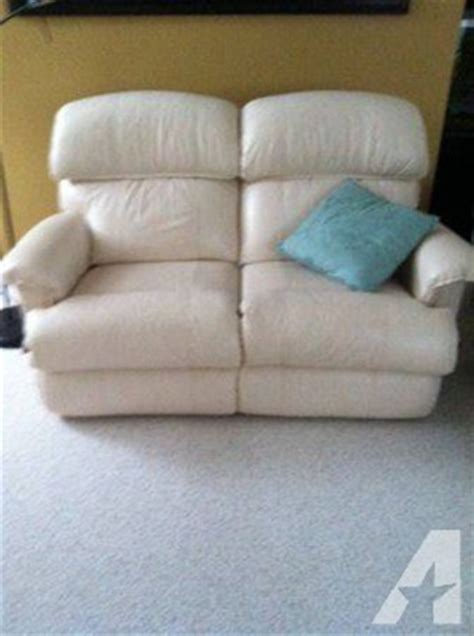Lazy Boy Loveseat Recliners Sale by Lazy Boy Reclining Leather Loveseat For Sale In