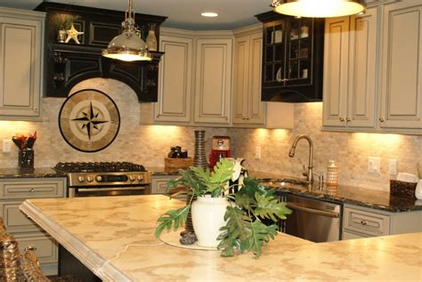 kitchen backsplash ideas with cream cabinets cream kitchen cabinets ideas traditional kitchen