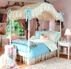 girls canopy bedroom set is this nice choose for girls room girls canopy bed