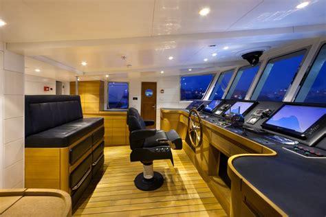 wheel house wheelhouse image gallery yacht childs play wheelhouse yacht impetuous