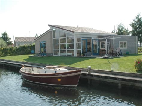 bootje waterfront bungalow luxury holiday home at the water front sauna