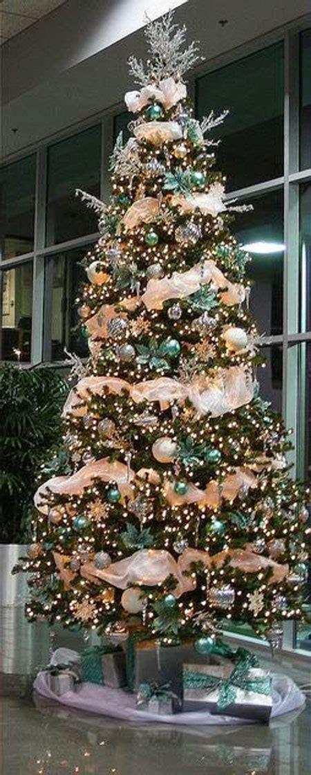 50 beautiful and stunning christmas tree decorating ideas