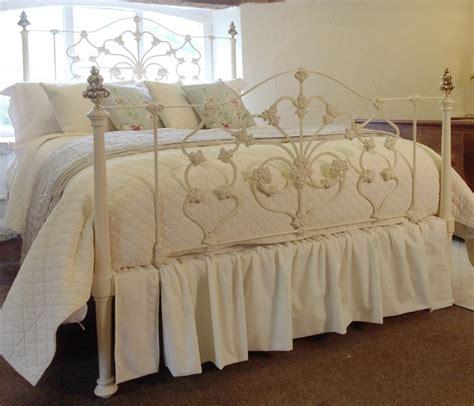 king iron bed cast iron king bed mk29 275823 sellingantiques co uk