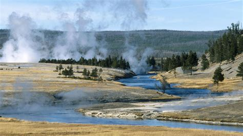 desktop wallpaper yellowstone park yellowstone national park wallpaper 89040