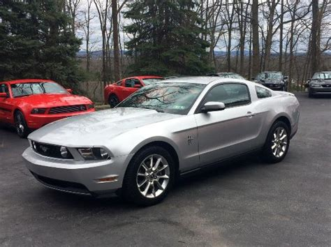 2011 silver ford mustang v6 3 7l