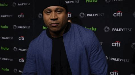 paleyfest la 2017 peace out gif by the paley center for