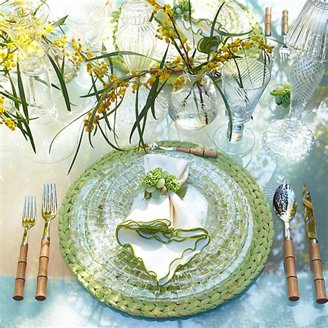 outdoor table setting ideas for outdoor entertaining