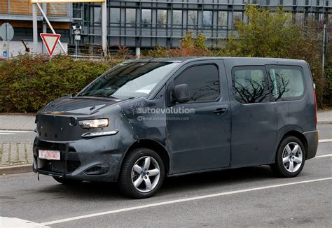 spyshots new citroen jumpy takes cues from 2011 tubik
