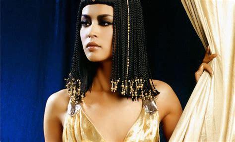 imagenes reales cleopatra la vestimenta egipcia se puso de moda esta puranoticia