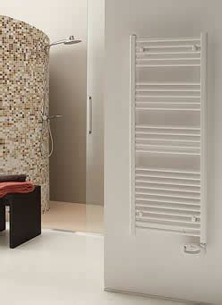 calorifero bagno umidit 224 in casa togliere la muffa idee arredamento