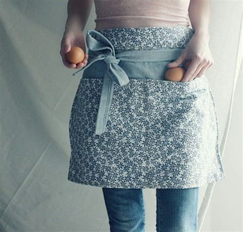 apron pattern with d ring 111 best sew aprons images on pinterest aprons sewing
