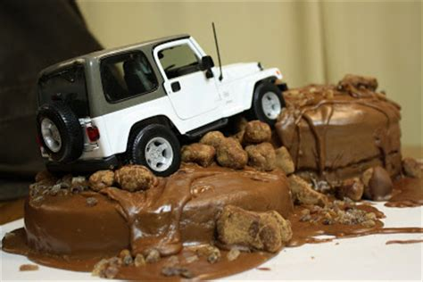 jeep cake topper the traveling spoon dabbling in decorating jeep cake