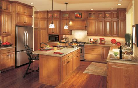 should kitchen cabinets match the hardwood floors best