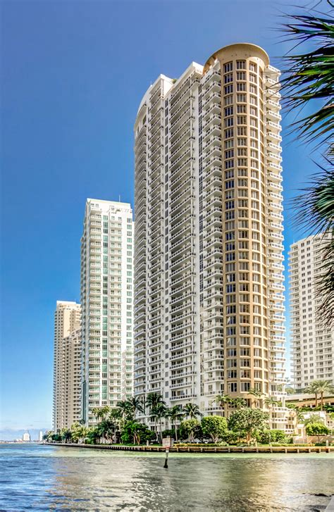 Lu Hid Infinity penthouse at infinity brickell for sale