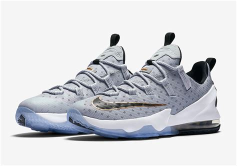Produk Baru Sepatu Basket Nike Lebron 13 Grey Blue nike lebron 13 low cool grey 831925 071 sneakernews