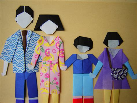 Origami Family - origami paper dolls s travels and veggie eats
