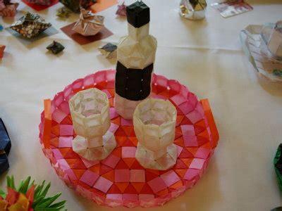 flasche und glaeser  treffen von origami deutschland