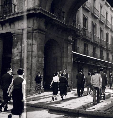 descubre 51 descubre madrid 8424651715 plaza mayor 1955 madrid spain espa 241 a en blanco y negro madrid fotos