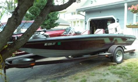 nitro bass boat replacement windshield 110 best images about boat windshields on pinterest cars