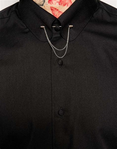 gold chain collar lyst noose and monkey shirt with gold collar bar chain in fit in