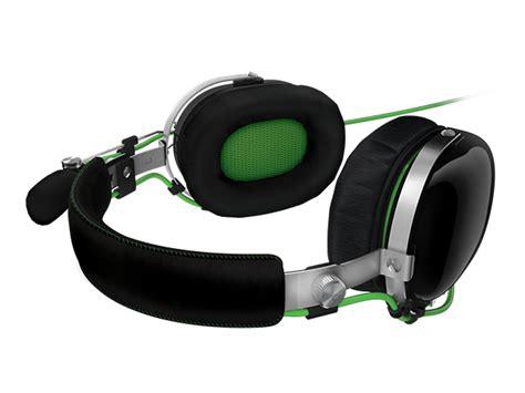 Headset Gaming Razer Blackshark razer blackshark headset the awesomer