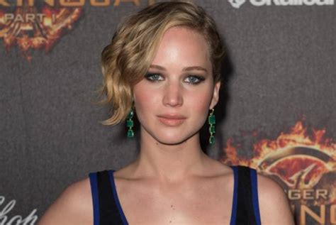 arianne zucker pixie cut jennifer lawrence is not a great movie star says chloe