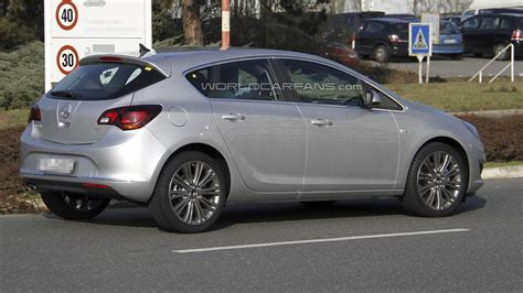 Opel Astra 2013 by Pics For Gt Opel Astra 2013