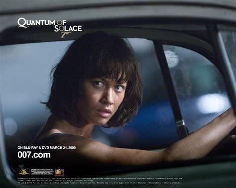 quantum of solace streaming film per tutti un wallpaper di olga kurylenko per il film quantum of