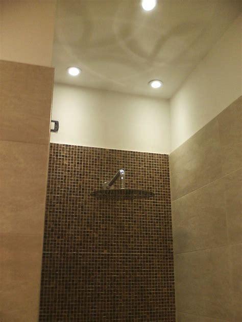 foto faretti controsoffitto foto controsoffitto in cartongesso e faretti box doccia