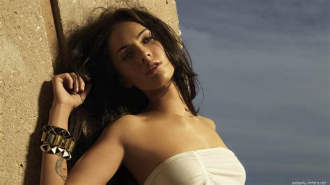 Photos Of Megan Fox by Chatter Busy Megan Fox Hd Wallpapers