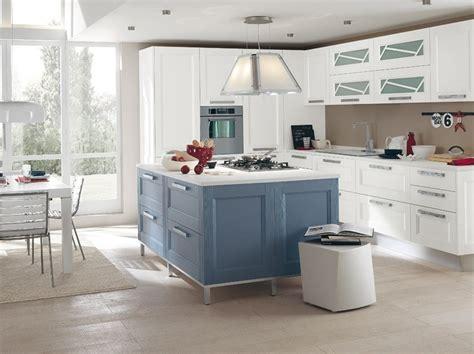 detrazione mobili cucina cucina componibile in legno massello con isola