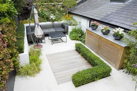 Small Patio Gardens by Outdoor Room In Sloane Square Chelsea With Gloster